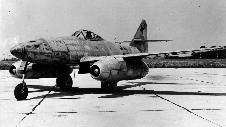Man sieht, dass die Me 262 ein wesentlich konventioneller aufgebautes Flugzeug war.