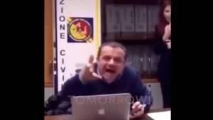 Screenshot von Cateno De Luca, Bürgermeister von Messina