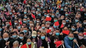 Coronavirus in China: In den vergangenen drei Tagen haben rund 12.000 Ärzte und Krankenpfleger die Provinz Hubei verlassen