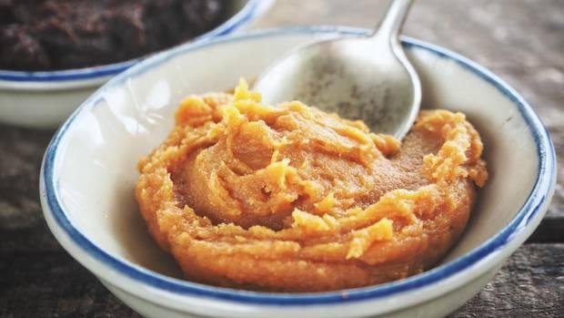 Ihren Ursprung hat die Miso-Paste in Japan