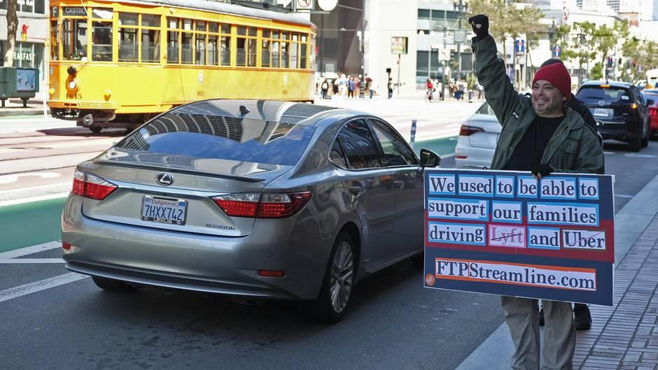 Die Fahrer protestieren schon seit Langem gegen die Rechtlosigkeit ihrer Stellung.