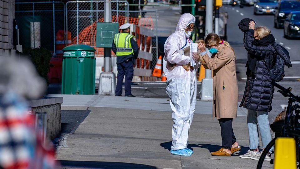Schutzmaßnahmen gegen das Coronavirus in New York
