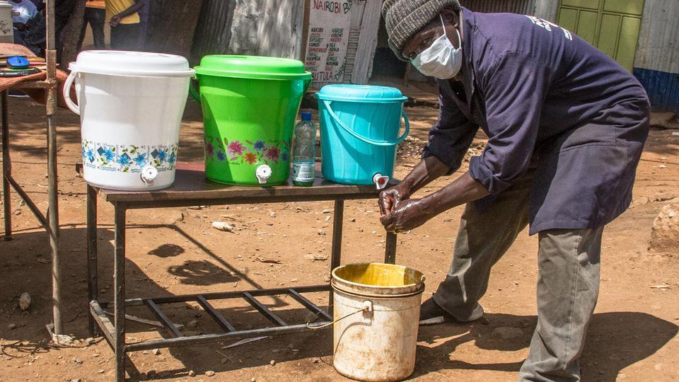 """Infektionskrankheiten: Corona in Afrika: """"Wir können viel von Ebola lernen"""", sagt die Nothilfe-Koordinatorin"""