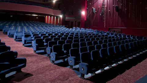 Leere Kinosäle dürften vermutlich auch hierzulande noch eine Weile zur Normalität gehören