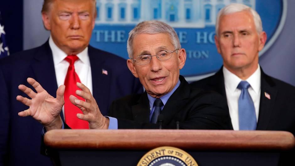 Anthony Fauci spricht über das Coronavirus im Pressekonferenzraum des Weißen Hauses,