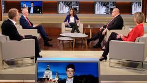 Anne Will spricht in ihrer Talkshow mit ihren Gästen darüber, wie es in Deutschland weitergeht in der Coronakrise