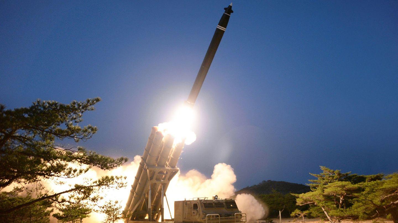 Dieses von der staatlichen nordkoreanischen Nachrichtenagentur KCNAzur Verfügung gestellte Foto zeigt einen Raketentest
