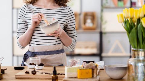 Seife selber machen: Entscheiden Sie selbst, welche Form, Farbe und Duft Ihre Seife haben soll