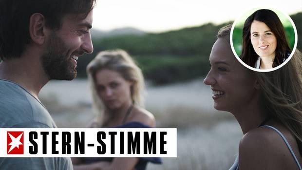 Nach Annas Geschmack verstehen sich Malina und ihr Freund Jan etwas zu gut (Symbolbild)