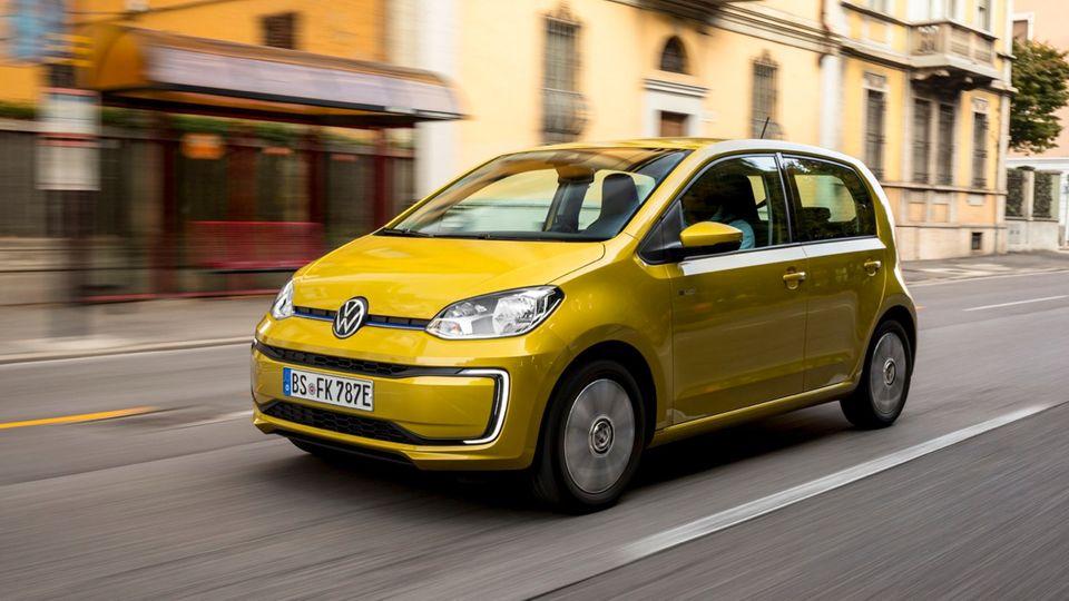 Bei der Verknüpfung von Fahrzeug und App patzen die deutschen Hersteller.
