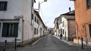 Tote Hose: Die Einwohner in Ferrera Erbognone halten sich strikt an die von der Regierung verhängte Ausgangssperre. Ein Schlüssel zu des Rätsels Lösung?