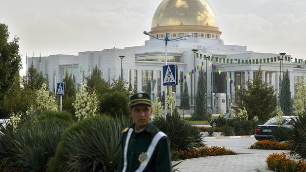 Der Palast des Präsidenten von Turkmenistan: Die turkmenische Regierung behauptet, keine Corona-Fälle in dem Land zu haben