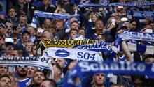 Schalker Ultras in der Nordkurve