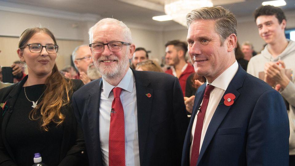 Der alte und der neue Labour-Chef: Jeremy Corbyn und Keir Starmer (r.)
