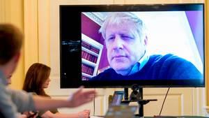 Zuletzt besprach sichBoris Johnson aus der häuslichenQuarantäne mit seinen Mitarbeitern inVideokonferenzen
