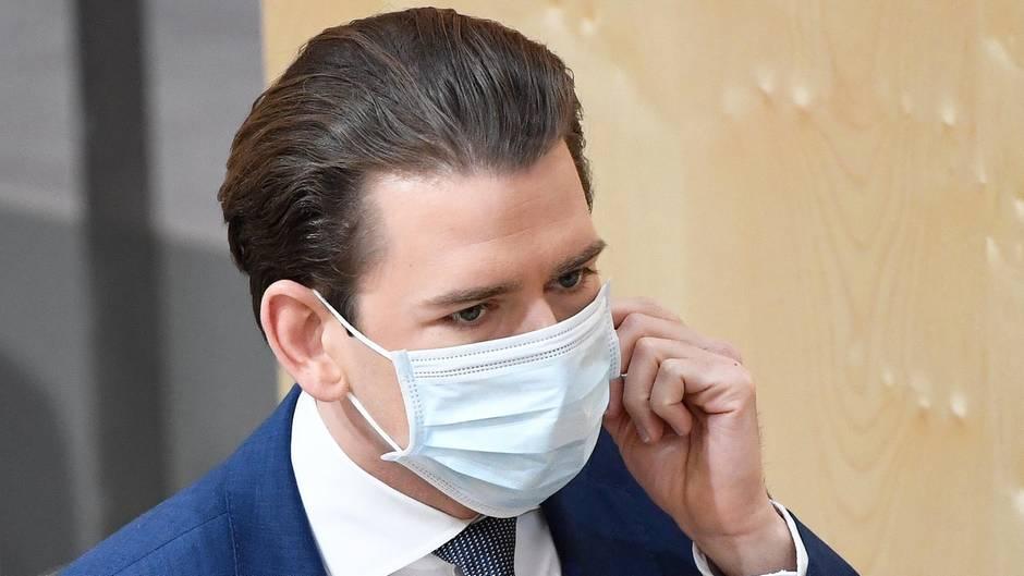 Sebastian Kurz, Kanzler von Österreich, mit Mundschutz