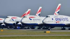 British Airways hat einen Teil ihre Flotte von Jumbojets auf dem Flughafen Cardiff in Walesabgestellt
