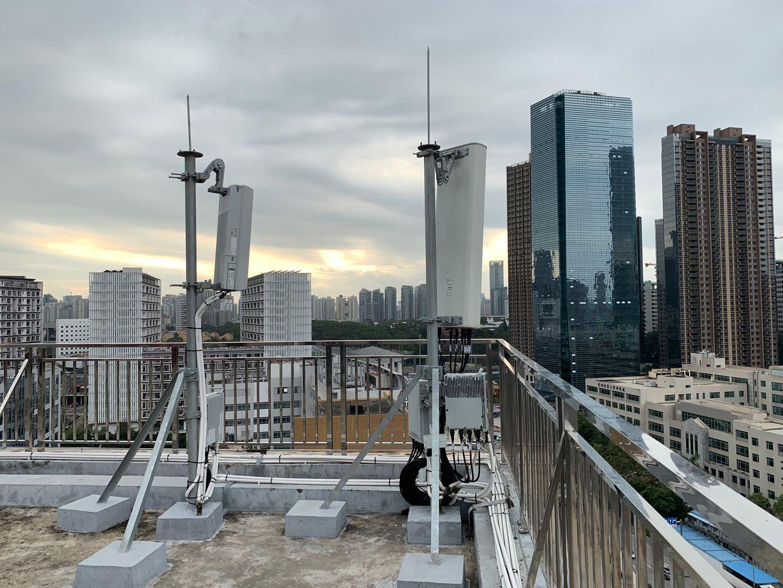 5G-Masten wie diese im chinesischen Shenzhen sollen nach dem Glauben von Verschwörungstheoretikern auch den Corona-Ausbruch ausgelöst haben