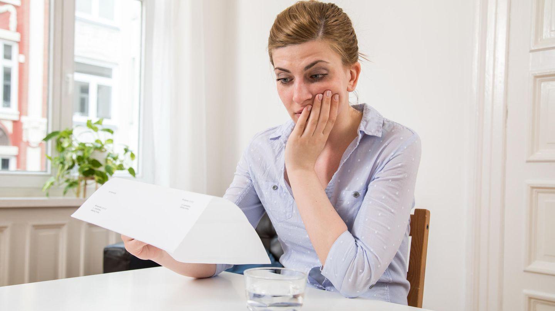 Finanzen in den Griff kriegen: Wie schaffe ich's, mein Konto nicht immer zu überziehen?