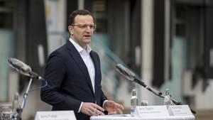 Jens Spahn hält erste Lockerungen von Corona-Restriktionen nach Osterferien möglich