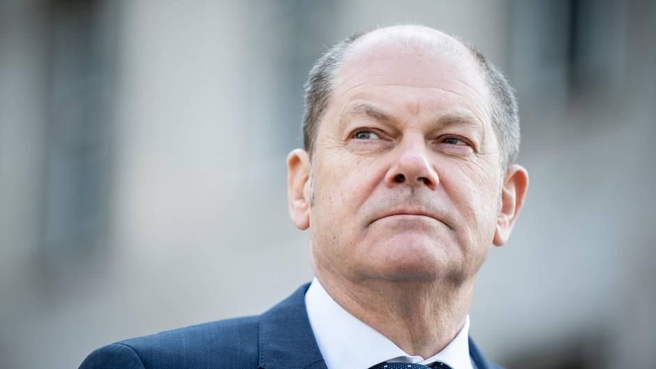 Bundesfinanzminister Olaf Scholz (SPD) sagte, wichtig sei, dass Europa eine gemeinsame Antwort auf die Coronavirus-Krise gegeben habe
