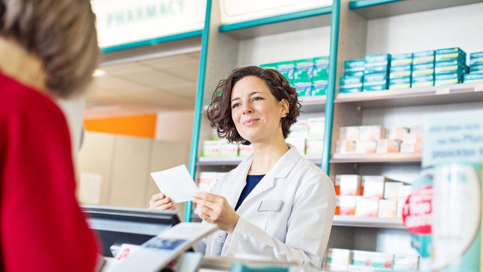 Vor-Ort-Apotheken bekommen den Druck der Onlinehändler zu spüren.