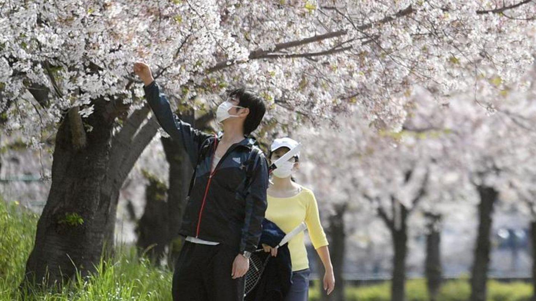 Japan sträubte sich lange gegen strenge Regeln, um das Coronavirus einzudämmen.