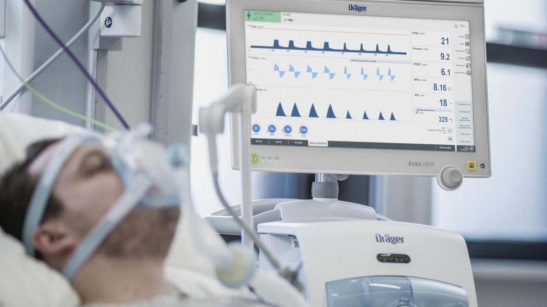 Beatmungsgerät sind bislang der Standard in der Behandlung von schweren Covid-19-Fällen. Immer mehr Ärzte probieren nun Alternativen aus.