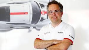 """""""Wir versuchen möglichst sanft durch diese Krise zu kommen"""", sagt Pascal Zurlinden, Gesamtprojektleiter GT Werksmotorsport bei P"""