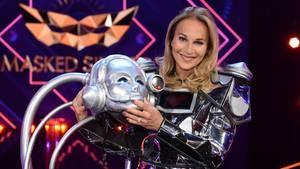 "Caroline Beil war der Roboter bei ""The Masked Singer"""