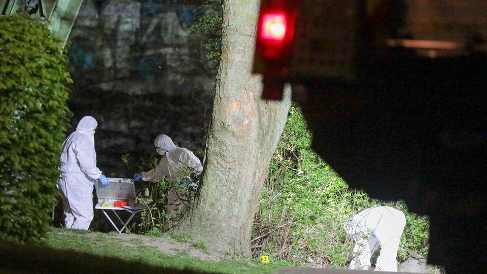 Nachrichten aus Deutschland: Ermittler untersuchen in Wuppertal einen Mordfall