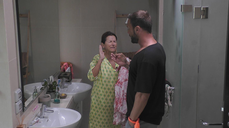 """Promis unter Palmen"": Claudia Obert und Bastian Yotta"