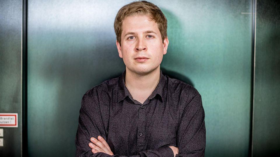 Juso-Chef Kevin Kühnert äußert sich zum Krisenmanagement der Großen Koalition in Berlin.