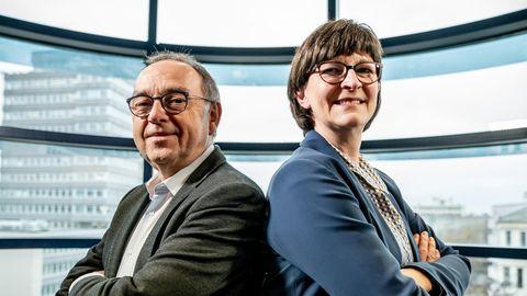 Corona-Krise: SPD-Chefs fordern Mehrbelastung für Reiche