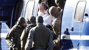 Halle-Attentäter Stephan B. wird am 10. Oktober 2019 zum Bundesgerichtshof gebracht