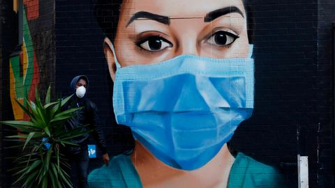 Wandgemälde mit Mundschutz in London