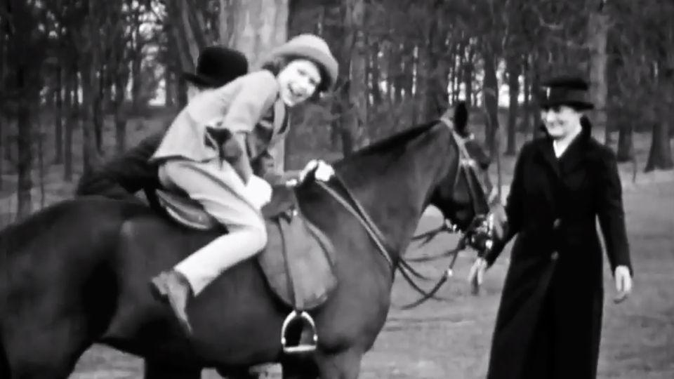 Filmaufnahmen aus der Kindheit von Queen Elizabeth II.