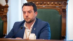 Der Bürgermeister der katalanischen Stadt Badalona, Alex Pastor, hat nach einer nächtlichenEskapade seinen Rücktritt angeboten