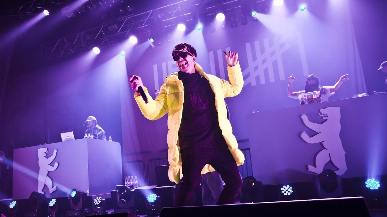 Der deutsche Rapper Ufo361 bei einem Konzert im Huxleys in Berlin
