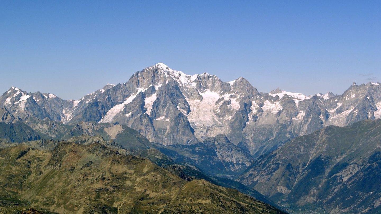 Bilderbuchblick  Der Mont Blanc ist mit 4.808 Metern der höchste Berg der Alpen.