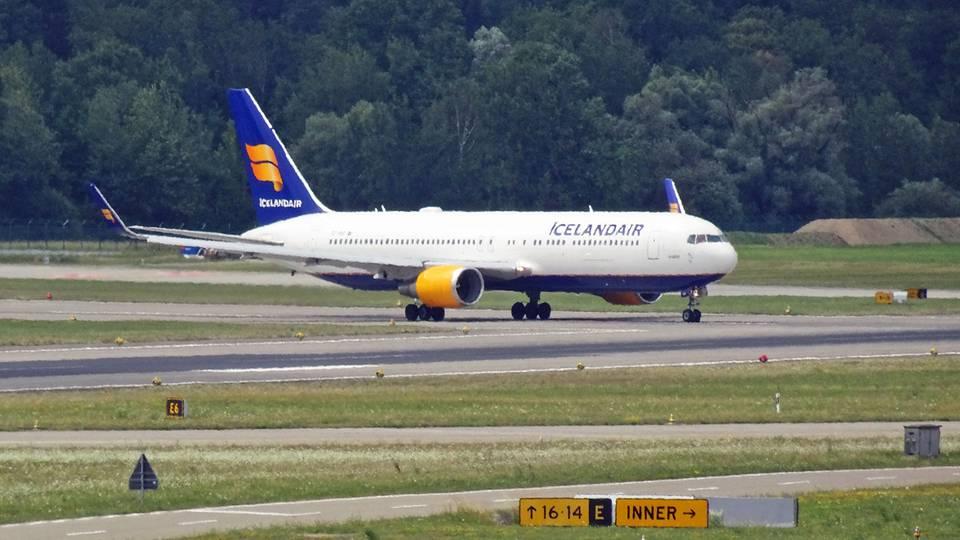 Eine Boeing 767 von Icelandair, die jetzt als Frachter eingesetzt wird