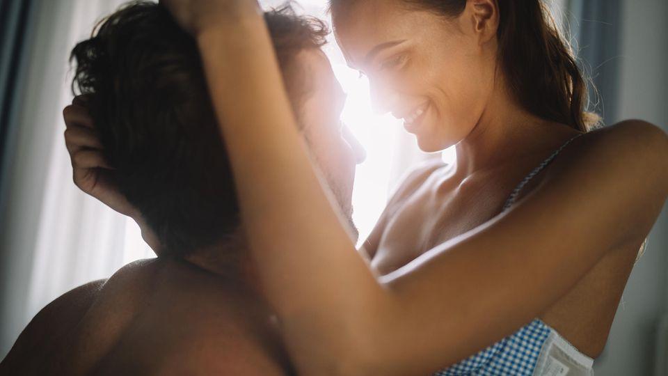 Sexualmedizinerin : Schlechte Zeit für guten Sex? Wie die Corona-Krise unser Liebesleben beeinflusst