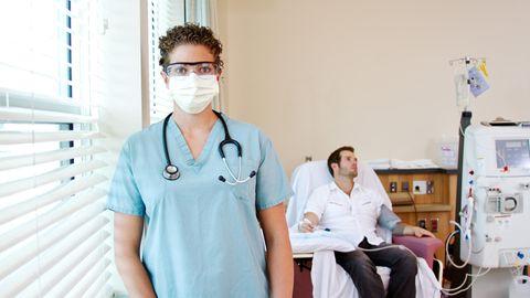 Patient bei der Dialyse