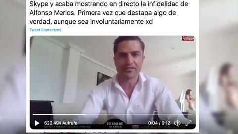 Halbnackte Frau läuft bei Interview mit spanischen Journalisten durchs Bild