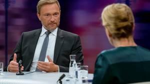 FDP-Chef Lindner diskutiert mit Familienministerin Franziska Giffey