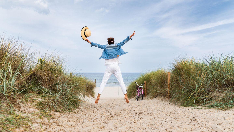 Urlaub am Meer scheint plötzlich wieder in Reichweite:Zum 25. Mai soll dann das seit Mitte März geltende Einreiseverbot inMecklenburg-Vorpommern für Touristen aus anderen Bundesländern aufgehoben werden.