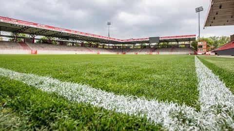 """Das Stadion """"An der Alten Försterei"""", Heimstadion des Fußball-Bundesligisten 1.FC Union Berlin"""