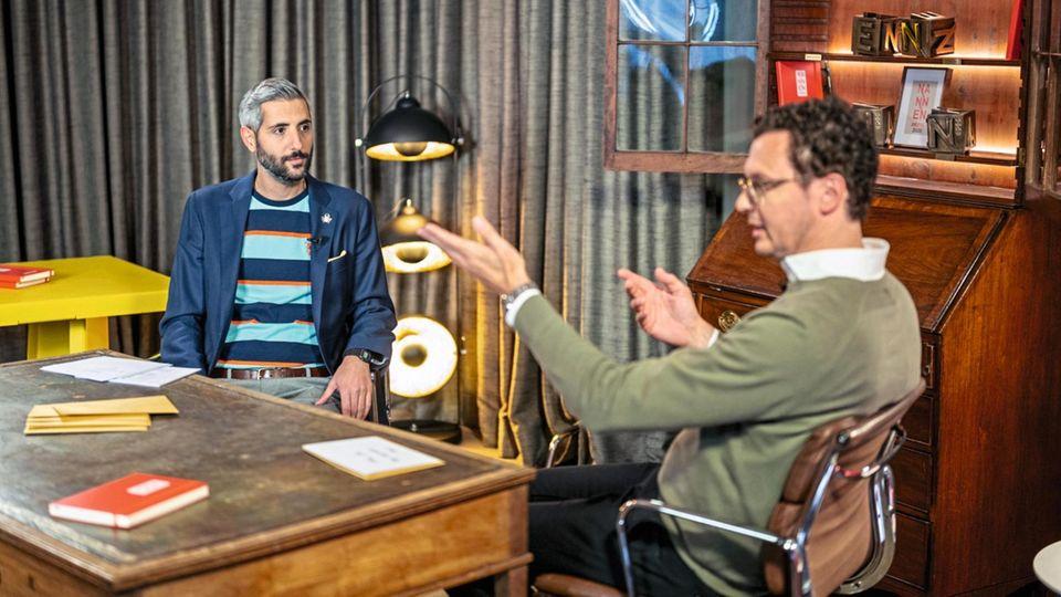 Moderator Michel Abdollahi (l.) und stern- Chefredakteur Florian Gless