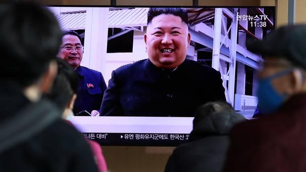 Kim Jong Un lacht