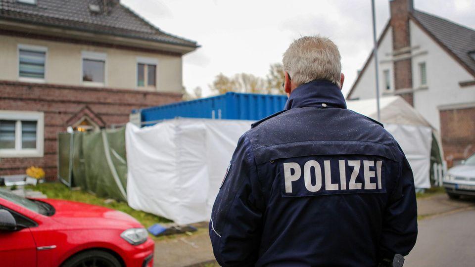 Missbrauchskomplex Bergisch Gladbach - Hausdurchsuchung bei einem Verdächtigen